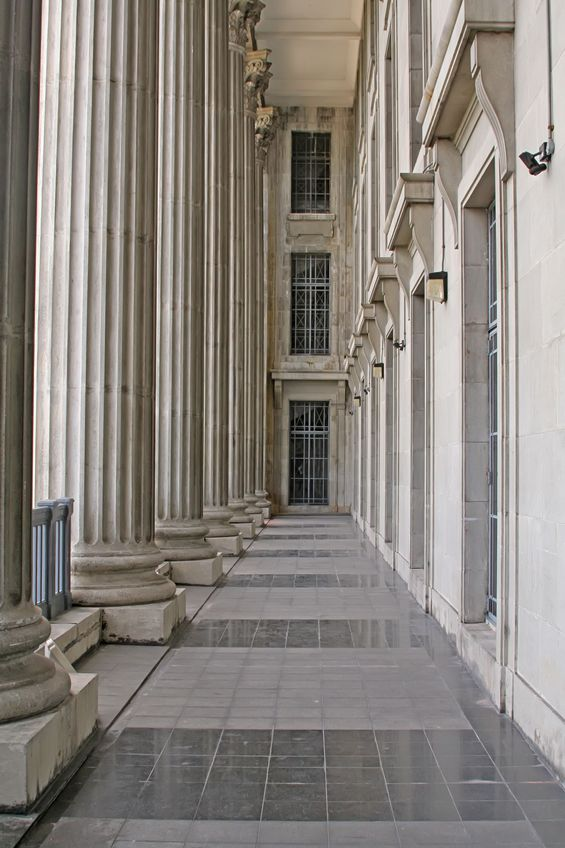2650902 - stone columns from a judicial law building